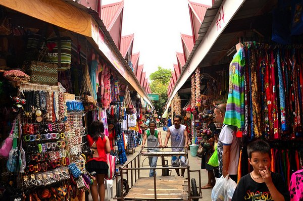 souvenir shops- Boracay Island- Philippines