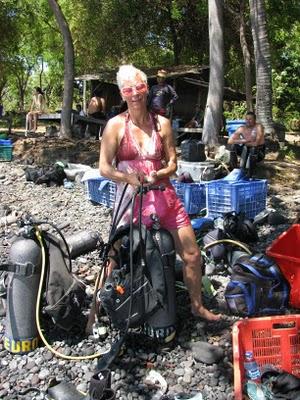 scuba diving in Bali - Lash preparing to dive in Bali