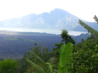 cycling bali - Bali's central mountains- Mt Batur