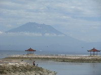 cycling bali - Bali's central mountains- Mt Agung