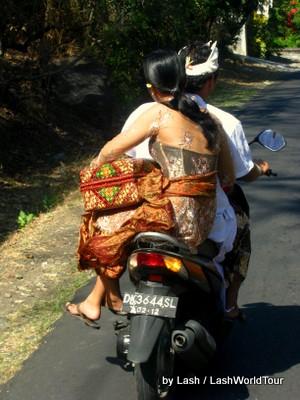 cycling bali - Locals- Amed- Bali