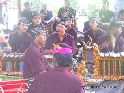 gamelan troupe