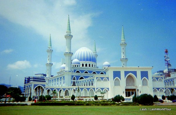large mosque on east coast of Malaysia