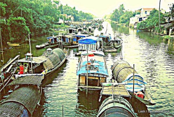 canal life in Hue- Vietnam
