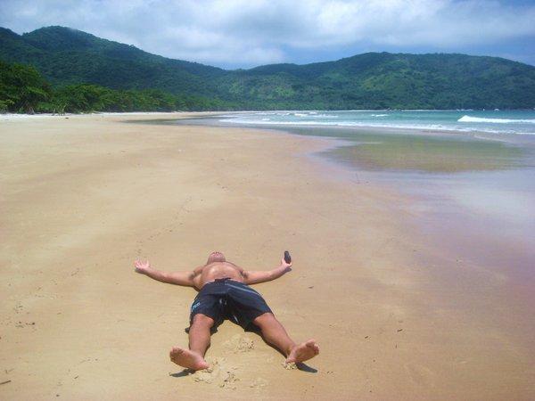 travel interview-Tal Gur on beach