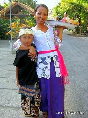 Bali family- Amed- Bali