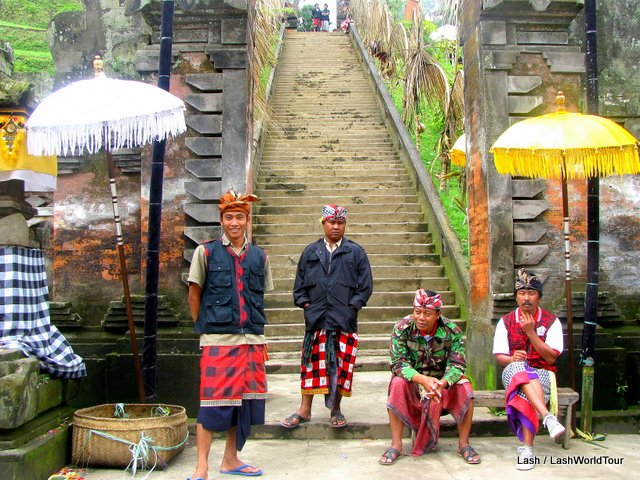 places to visit in Bali- Balinese temple - Bali - Indonesia