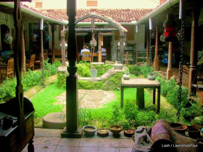 M : Sri Lanka guest houses. 12guesthomes in Sri Lanka