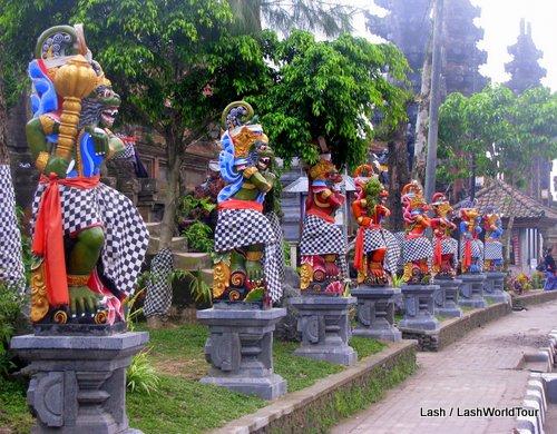 temples guardians in Kintamani- Mt. Batur - Bali