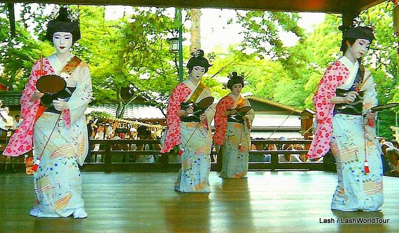 Kyoto festival - Geisha - spring dances - Kyoto -Japan