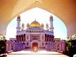 Sultan Omar Ali Saifuddien Mosque - Brunei
