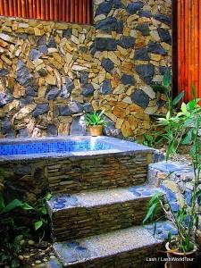 bath at Ishan Spa
