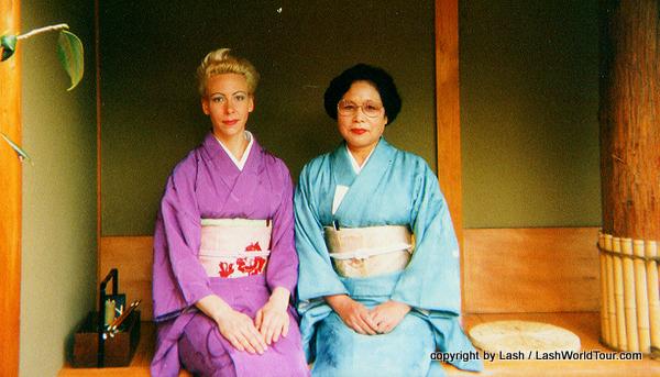 LashWorldTour in kimono with sensei, tea ceremony