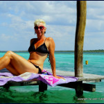 Lash suntanning at Bacalar Lake