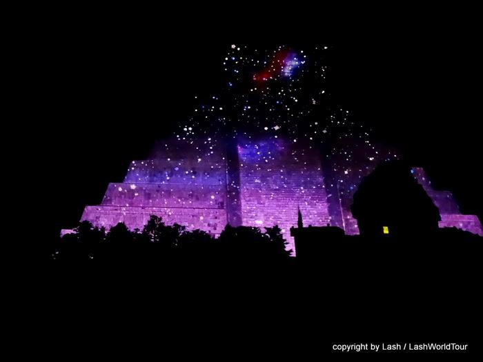 Night video show at Chi Chit Itzen - Yucatan