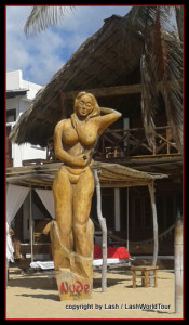 nude statue at Zipolite BEach