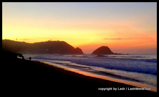sunrise at Zipolite Beach