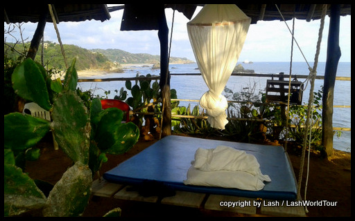 swinging beds atop a cliff in Mazunte