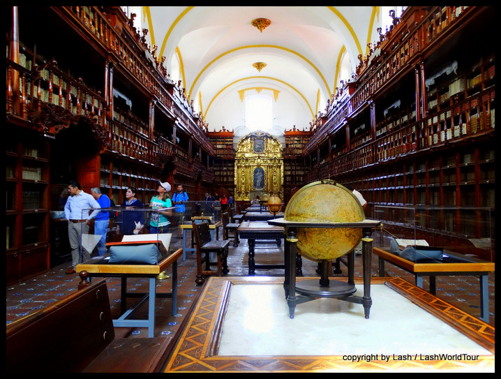 famous historic library in Puebla