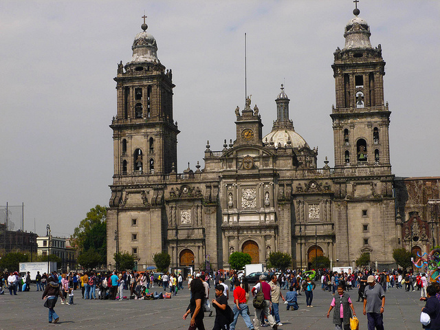 Municipal Cathedral - Mexico City - photo by Tristan Higbee on Flickr CC