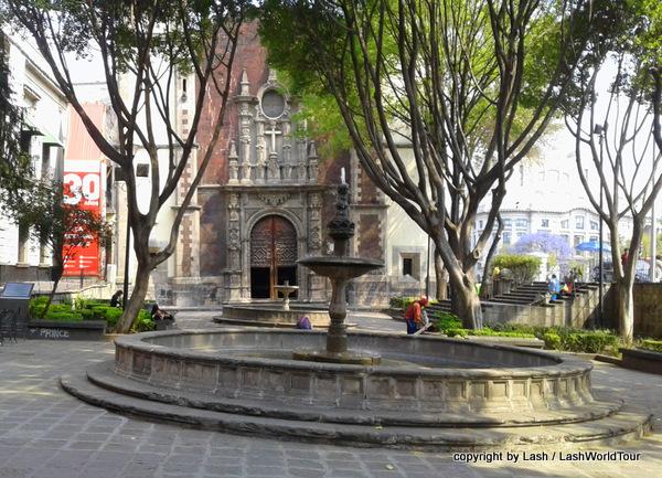 drastically sunken and tilted plaza of Santo Veracruz