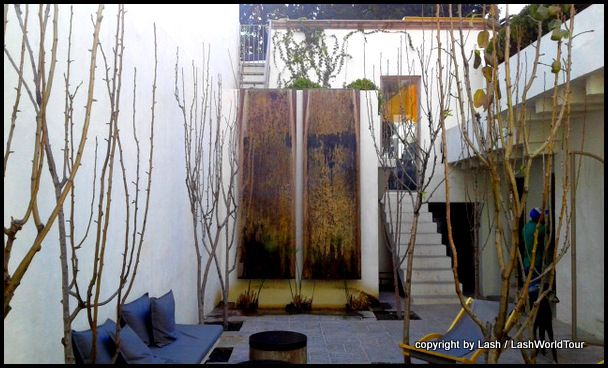 upscale boutique selling interiors in San Miguel