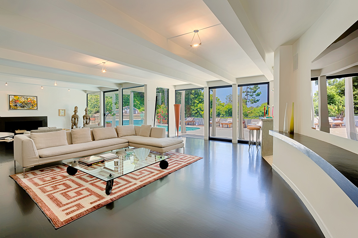 California-LAVilla--BHills living room