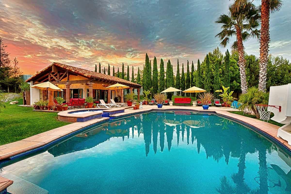 LosAngeles_DeckerVilla - pool