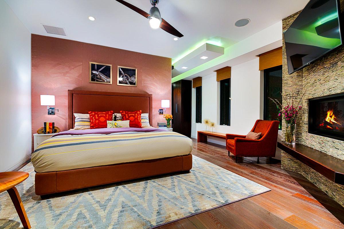 losangeles_courtneyresort_bedroom 2