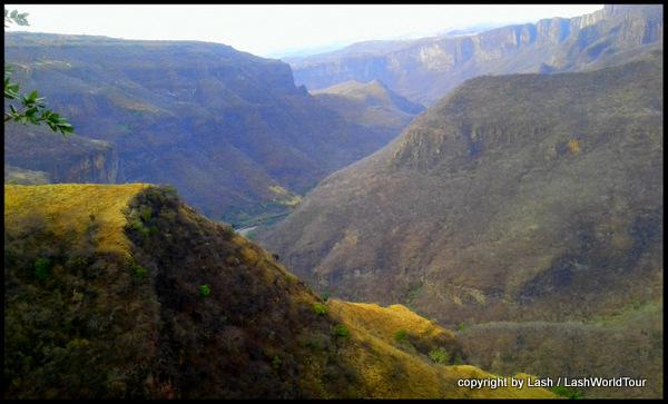 Barranca de Huenititan Canyon - Guadlajara