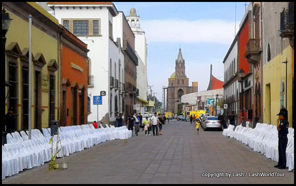 setting up streets for Silent Procession in San Luis Potosi