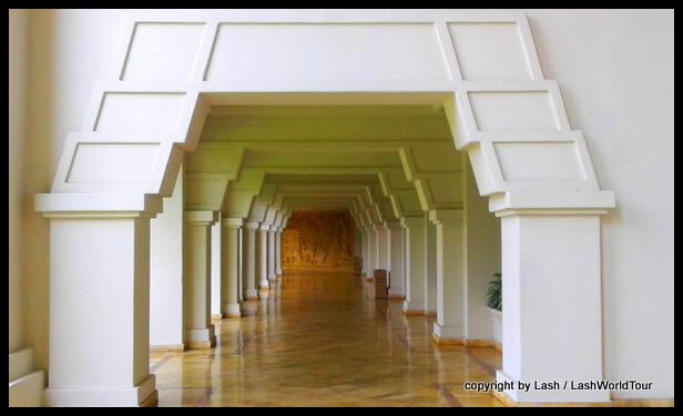 Mayan style hallway of Barcelo Karmina Resort - Manzanillo